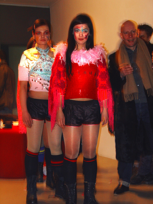 D.G. Clothes Project, Buy or Die, Play Gallery, Berlin, 2004