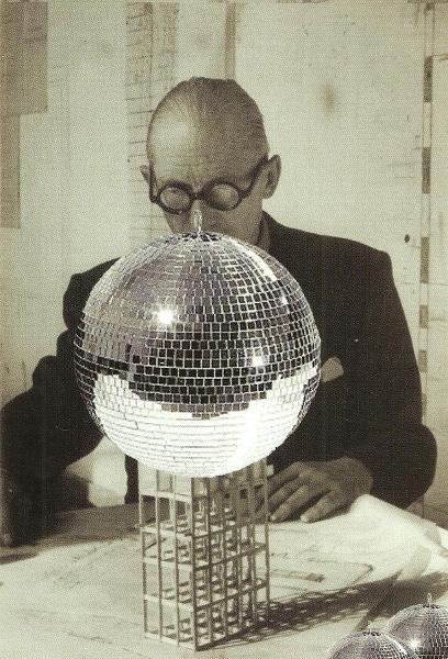Daniel González, Disco Le Corbusier, invitation, Rizoma, Bologna, 2010