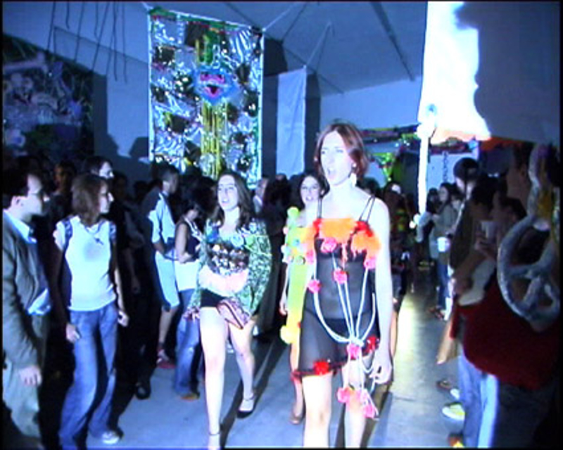 Daniel González D.G. Clothes Project, Sono incazzato nero e tutto questo non lo voglio più, Viafarini, Milan, 2006