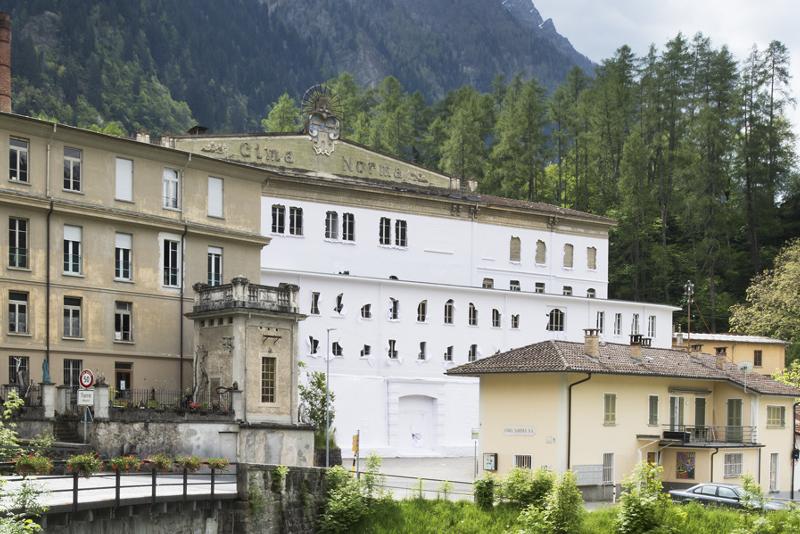 Daniel González, Paper Building, 2016, Fondazione La Fabbrica del Cioccolato, Blenio Valley, Tessin, Switzerland