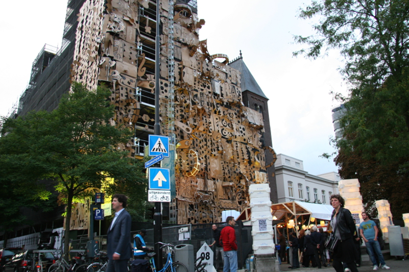Pop-Up Building, Witte de With Festival, Rotterdam, 2010
