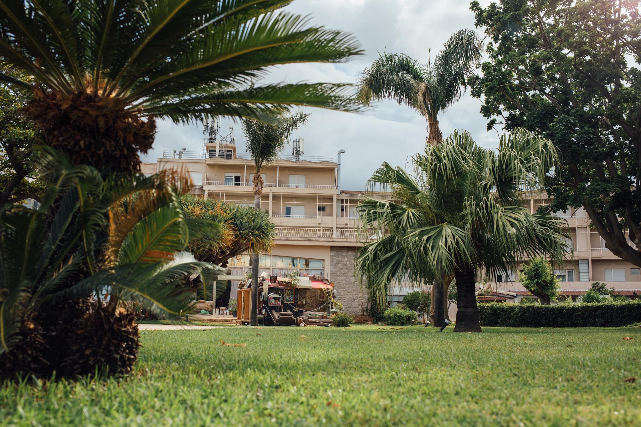 Daniel González, Mi Casa Tu Casa, 2018, Manifesta 12 Palermo collateral event, Mondello Italo Belga, Mondello Palace Hotel, ph Andrea Trimarchi