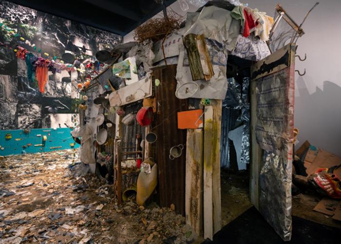 Daniel González, Mi Casa Tu Casa, Reversal Haiti House, 2019, Triennale di Milano, Broken Nature